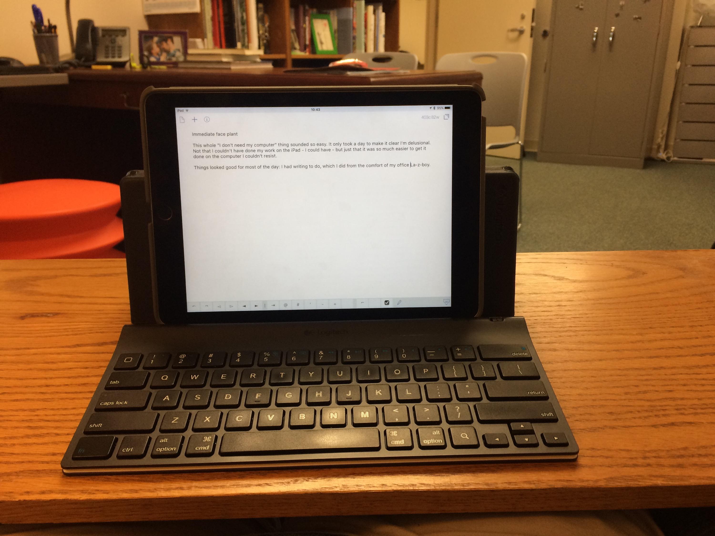photo of my ipad setup on the lazboy.